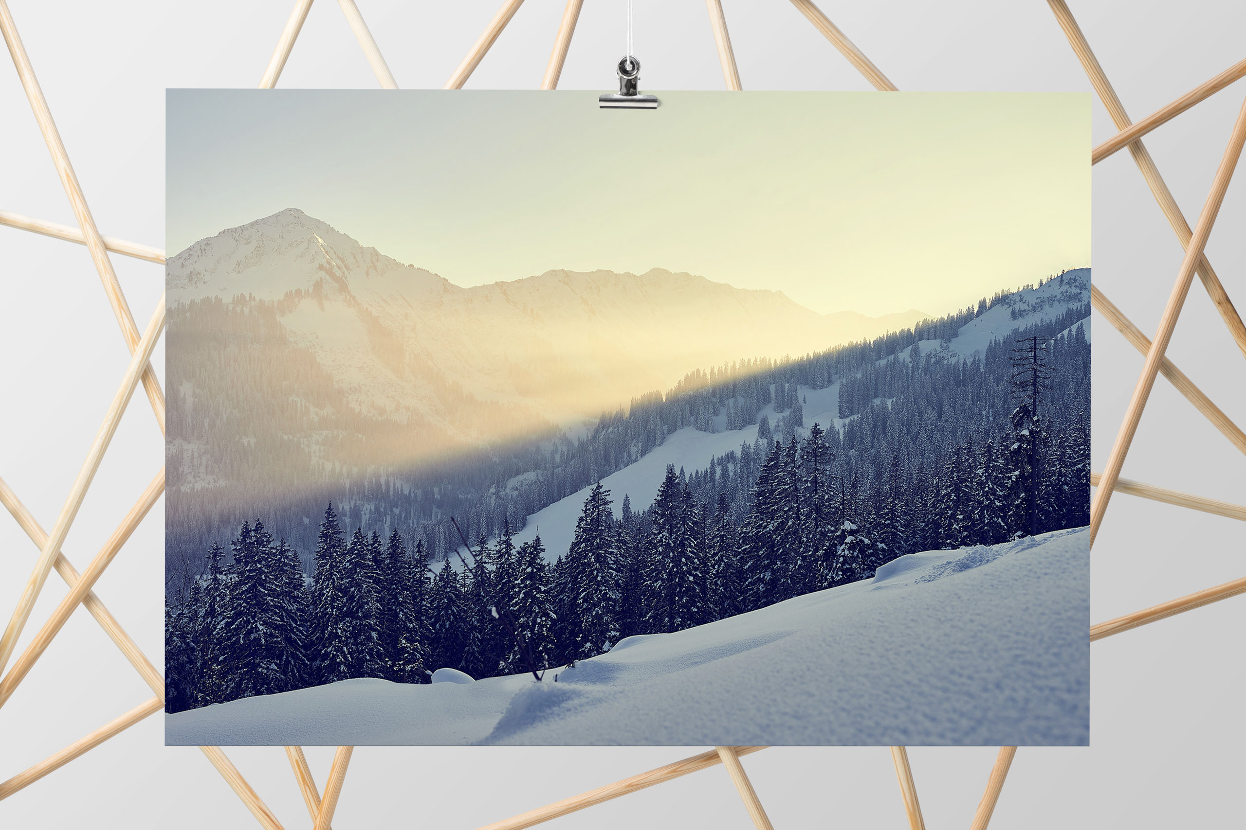Sonnenuntergang in Kleinwalsertal im Winter